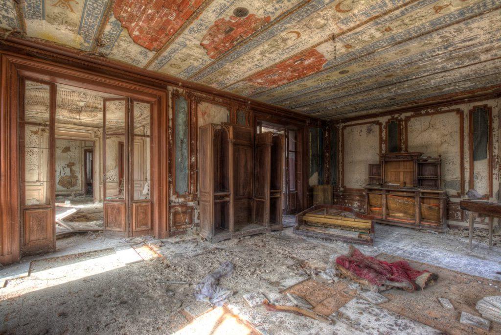 Villa Amelie een prachtige vervallen urbex locatie ergens in Frankrijk