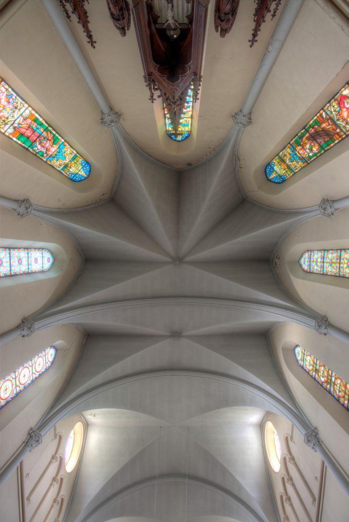 Urbex locatie Eglise aux Mille Arches een verlaten kerk ergens in Belgie